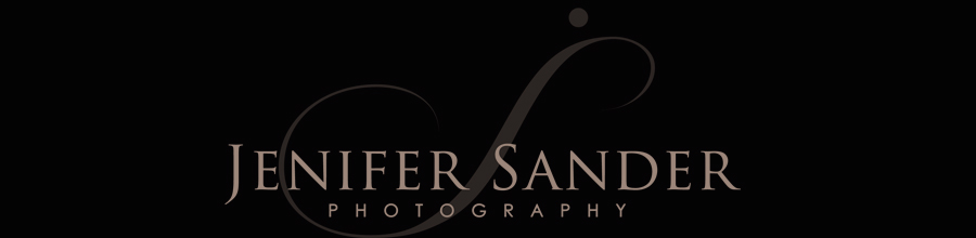 Calgary Wedding Photographers | Banff Wedding Photographer | Canmore Wedding Photography | Jenifer Sander logo